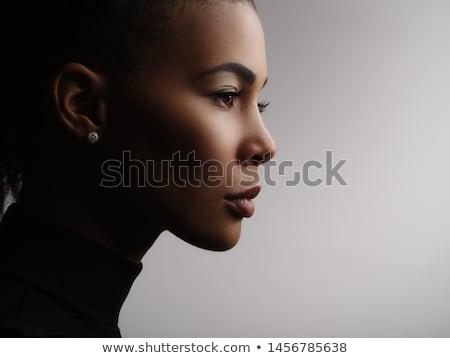 belo · africano · mulher · longo · cabelos · cacheados · roxo - foto stock © deandrobot