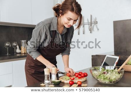 vrouw · permanente · keuken · jonge · vrouw · Rood - stockfoto © deandrobot