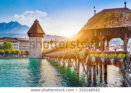 Foto stock: Capela · ponte · água · torre · rio · cidade