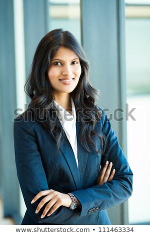 wesoły · młoda · kobieta · ciemne · działalności · garnitur · portret - zdjęcia stock © filipw