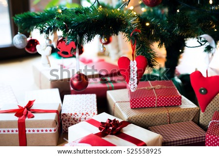 Rood · boeg · decoratie · kerstboom · vakantie - stockfoto © galitskaya