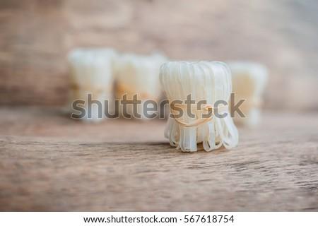 pasta · omhoog · touw · geïsoleerd · witte · Geel - stockfoto © galitskaya