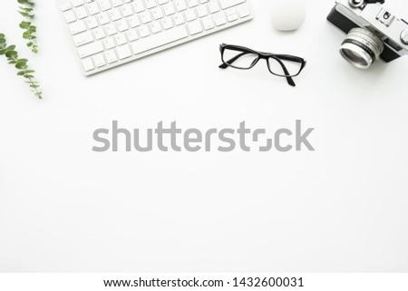 bilgisayar · klavye · Retro · kamera · beyaz · fotoğrafçı · sanatçı - stok fotoğraf © manera