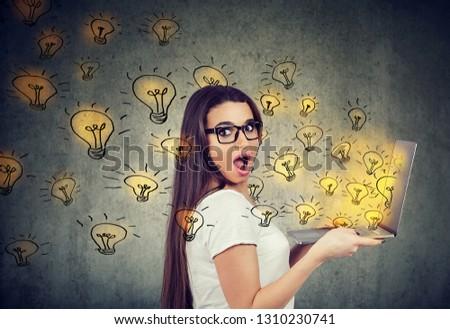 Donna laptop brillante idee Foto d'archivio © ichiosea