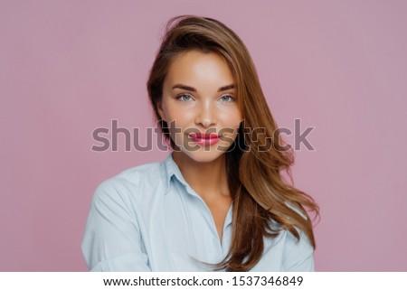 ヨーロッパの 女性 青い目 赤 描いた 唇 ストックフォト © vkstudio