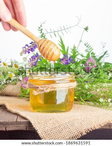 honing · houten · geïsoleerd · witte · foto · drop - stockfoto © artjazz