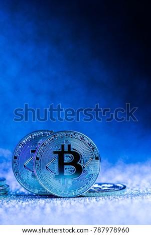 Csere folyadék másolat érmék logo piac Stock fotó © tashatuvango