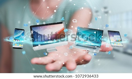 Mãos telefone aplicação ícones nuvem mão Foto stock © wavebreak_media