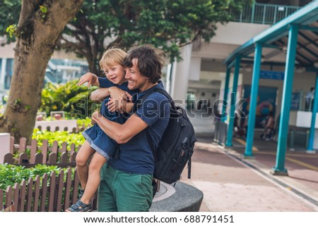 Vader zoon lopen rond Hong Kong kinderen Stockfoto © galitskaya