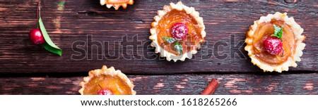 Foto stock: Bandeira · maçã · caramelo · pequeno · marrom · rústico
