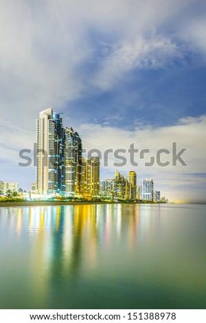 Skyline Miami zonnige nacht oceaan Stockfoto © meinzahn