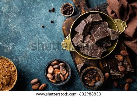 Chocolate oscuro piezas culinario superior vista Foto stock © yelenayemchuk