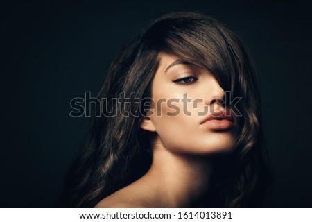 Volume cabelo beleza mulher longo saudável Foto stock © serdechny
