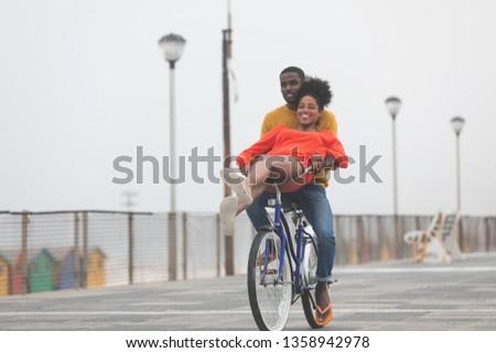 Görmek sevimli çift Stok fotoğraf © wavebreak_media