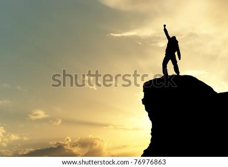 Homme haut montagne design mains soleil Photo stock © zurijeta