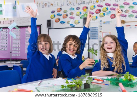 Frente vista grupo escuela ninos estudiar Foto stock © wavebreak_media