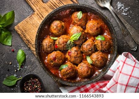 Domates sosu tava taş tablo kırmızı pişirmek Stok fotoğraf © Karpenkovdenis