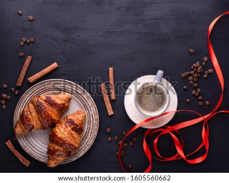 Croissants céramique plaque tasse café Photo stock © katya_sorokopudo