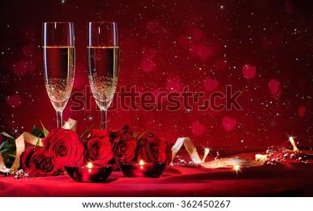 Valentijnsdag romantische decoratie rozen wijnglazen geschenken Stockfoto © dash