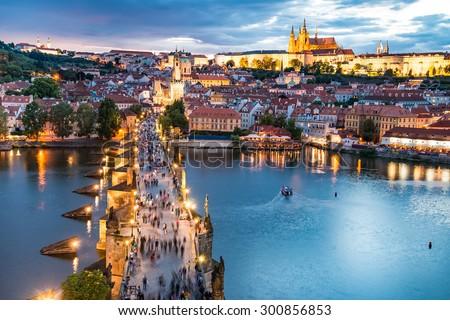 görmek · Prag · kale · akşam · nehir · Çek · Cumhuriyeti - stok fotoğraf © kirill_m