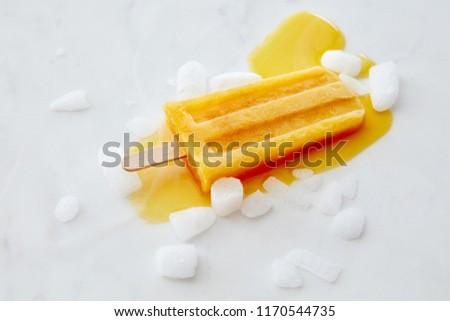Turuncu dondurma buz dilimleri Stok fotoğraf © artjazz