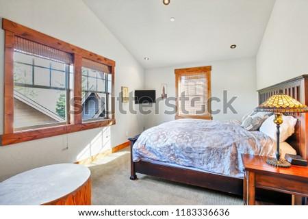 interieur · gebouw · witte · muren · kleur · vlucht - stockfoto © iriana88w