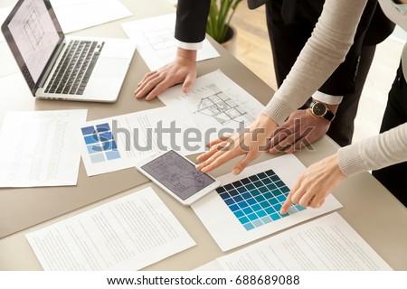 Equipo decorador de interiores dibujo nuevos proyecto gráfico Foto stock © snowing
