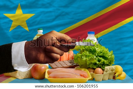 Buying Groceries With Credit Card In Congo Foto stock © vepar5