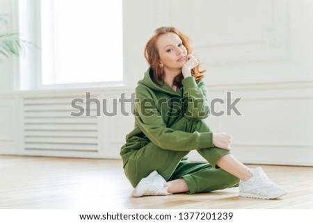 хорошие форма приятный глядя красный женщины Сток-фото © vkstudio