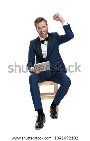 сидящий человека победу Сток-фото © feedough