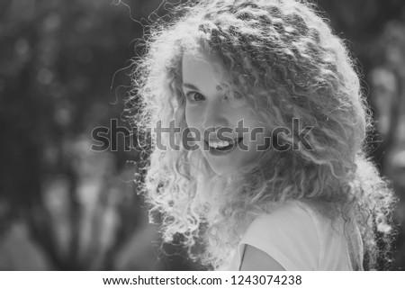 été ensoleillée blond rayé tshirt Photo stock © ElenaBatkova