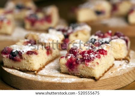 Rústico torta floresta fruto simples delicioso Foto stock © Peteer