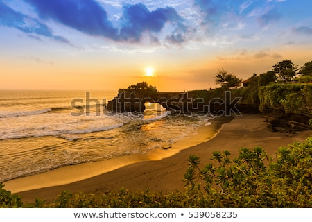 bali · coucher · du · soleil · silhouette · paisible · paradis · arbre - photo stock © DamonAce