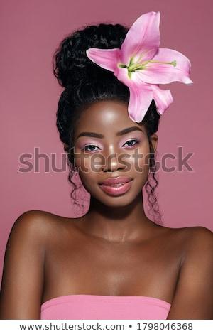 retrato · rosa · lírio · gracioso · morena · olhando - foto stock © carlodapino