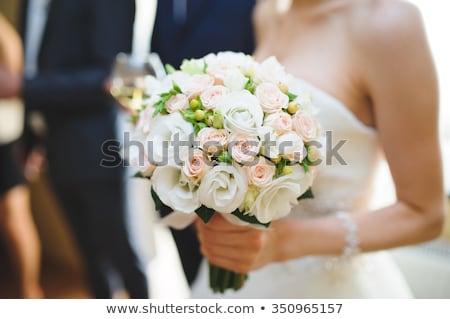 Mooie boeket rozen zilver vaas Stockfoto © avdveen