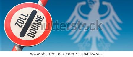 Pajzs kötelesség szabad pénzügy tányér irat Stock fotó © Ustofre9