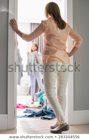 матери девочек гардеробная семьи девушки весело Сток-фото © IS2