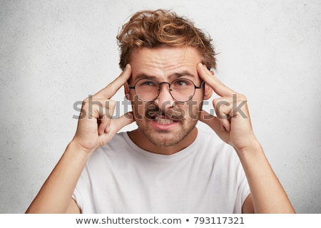 забывчивый человека что-то думать мужчины путать Сток-фото © stevanovicigor