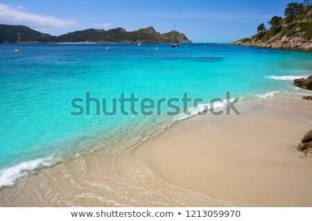 Tengerpart szigetek víz nap óceán homok Stock fotó © lunamarina