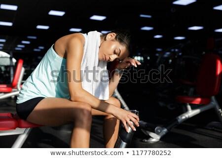 Fáradt elégedett sportok nő megnyugtató csukott szemmel Stock fotó © deandrobot
