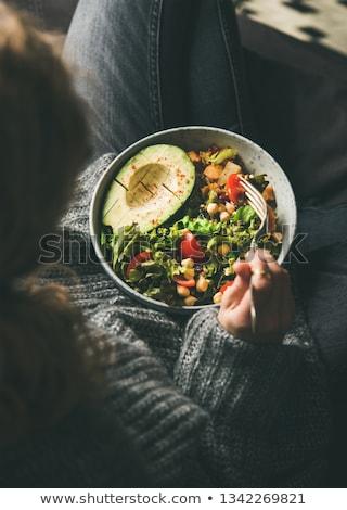 Sağlıklı vejetaryen akşam yemeği çanak taze salata Stok fotoğraf © YuliyaGontar
