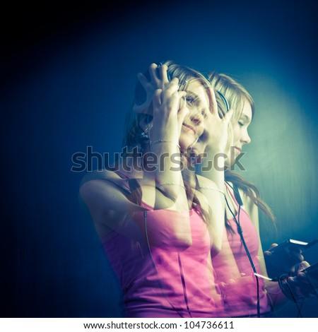 nő · zenét · hallgat · csukott · szemmel · hálószoba · ház · arc - stock fotó © candyboxphoto