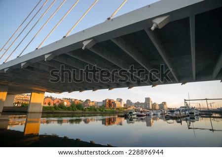 春 夜明け 吊り橋 道路 タウン アーキテクチャ ストックフォト © cboswell