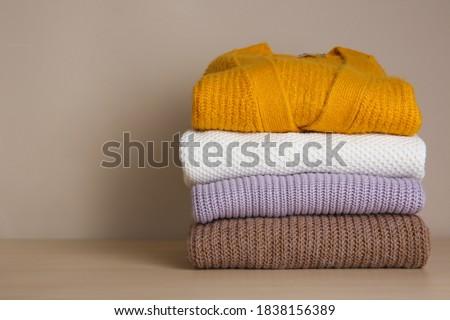 Meleg gyapjú kötött ruházat trendi szín Stock fotó © artjazz