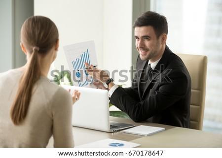 бизнесмен обсуждать новых Тенденции информации Сток-фото © snowing