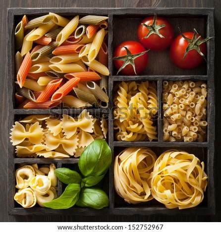 パスタ · 木製 · ボックス · 料理 · 先頭 - ストックフォト © karandaev