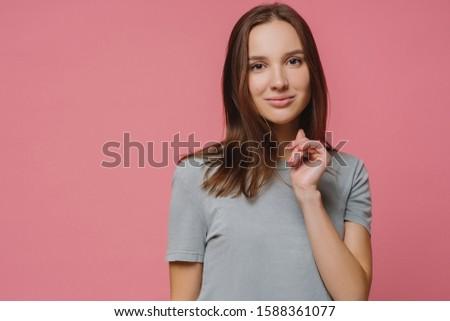 Európai nő egészséges merő bőr manikűr Stock fotó © vkstudio