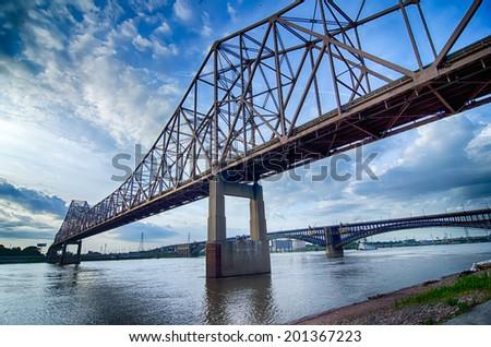 Tôt le matin cityscape Skyline Missouri ciel eau Photo stock © alex_grichenko
