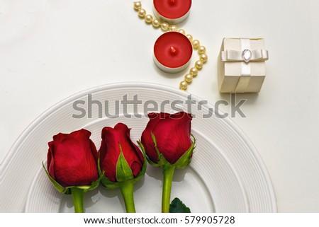 fehér · gyertyák · rózsa · égő · mintázott · klasszikus - stock fotó © frimufilms