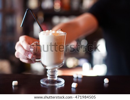 barman · cocktail · bar · counter · partij - stockfoto © yatsenko